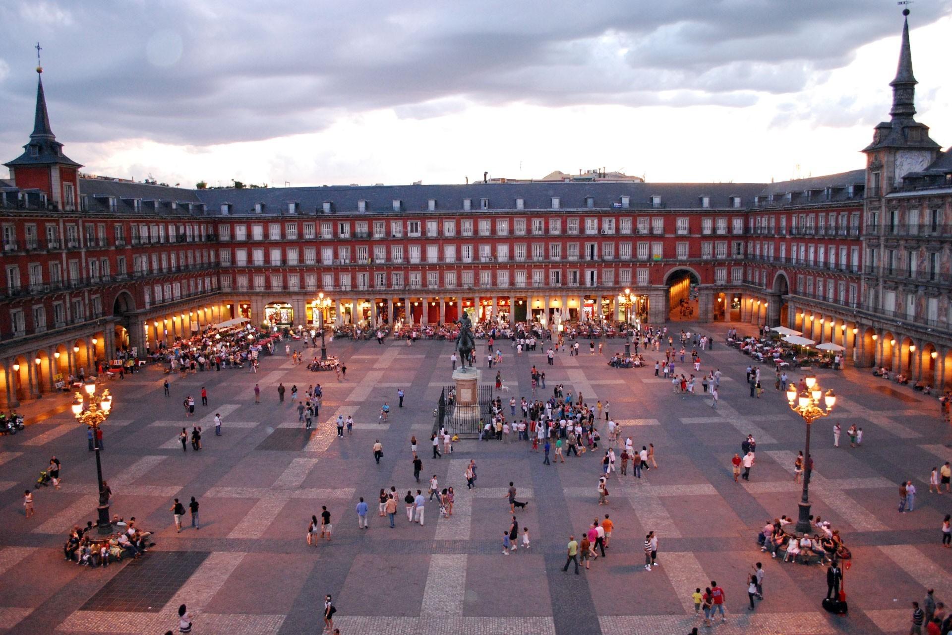 Plaza_Mayor_de_Madrid