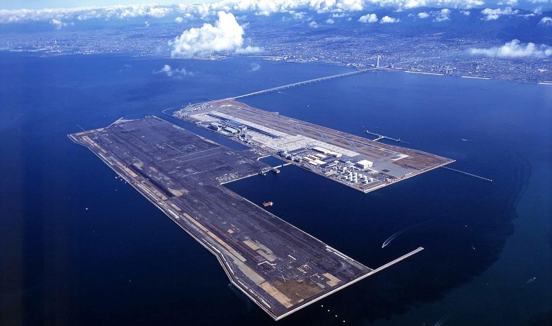 sinking-airport