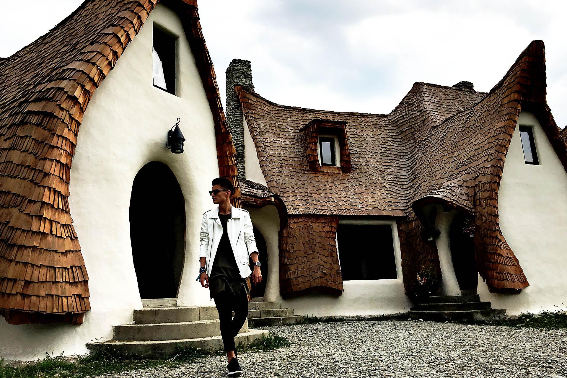castelul_de_lut_romania_zanelor_cavaleria_ro_untold